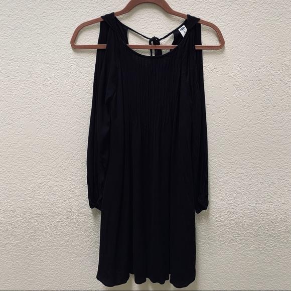 Old Navy Dresses & Skirts - 🔸 2 for $20 | Cold Shoulder Dress